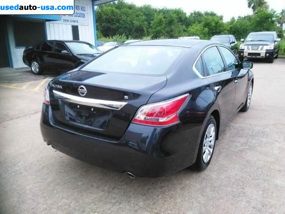 Is The Body The Same On The 2014 And 2015 Altima Html